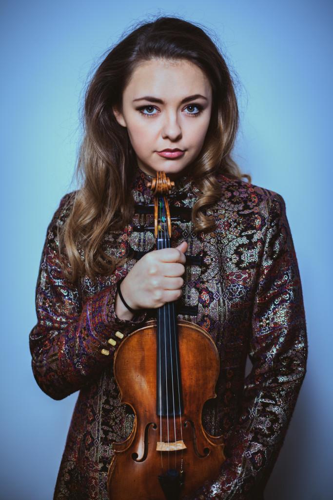 Alexandra Conunova, Fotograf: Olga Lucovnicova 8,2 MB
